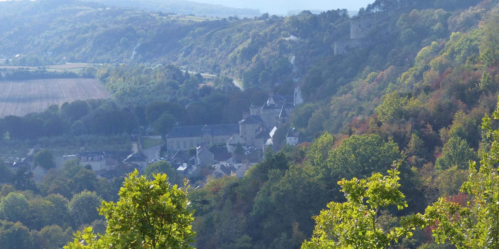 Photo de paysage du Vexin à La roche Guyon avec vue sur le château