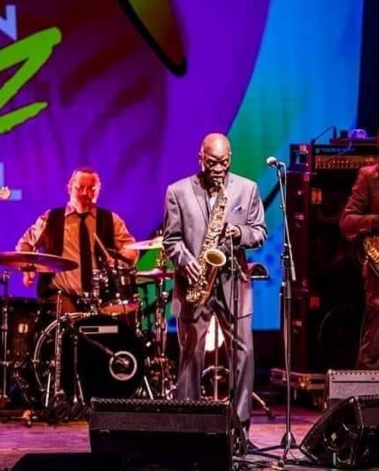 Photo de Macéo Parker lors du Barrière Enghien Jazz Festival 2019