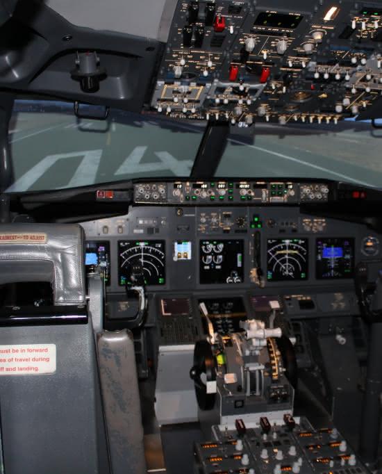 Photo de l'intérieur du simulateur de vol de Flight Sensations