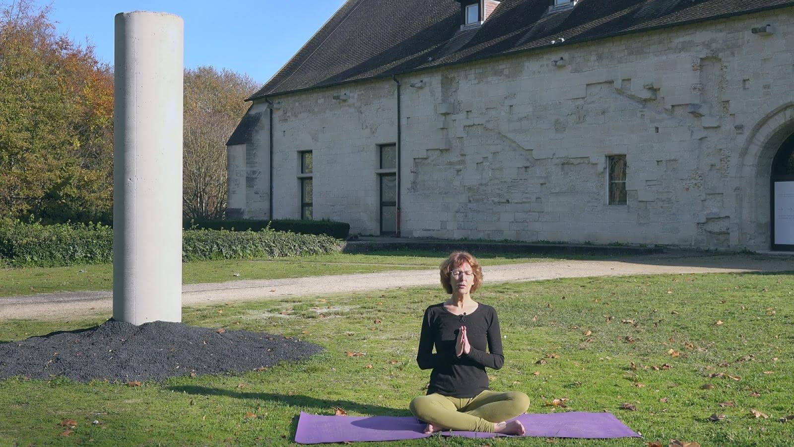 Extrait de la séance de Yoga enregistrée à l'Abbaye de Maubuisson à Saint-Ouen-l'Aumône dans le Val d'Oise