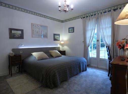 Chambre d'hôtes Domont 'Le Domaine des aquarelles' n°30079