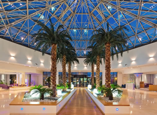 Hall du Novotel Convention & Spa