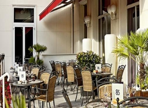 Le 85 Restaurant & Bar - Hôtel Barrière Le Grand Hôtel