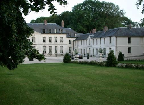 Chambres d'hôtes MAUDETOUR-EN-VEXIN 'Le Château de Maudetour' N°30062