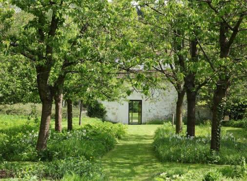 Moulin de la Couleuvre Garden