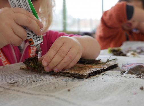 Atelier enfants fleurs grande serre