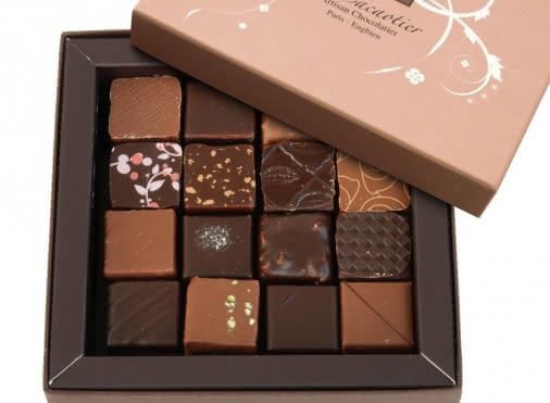 Coffret de 32 chocolats assortis (300g)