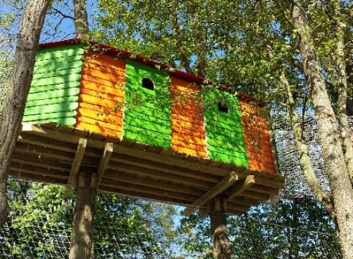 Des maisonnettes à thèmes entre 3 et 12 mètres de haut pour le plaisir des petits