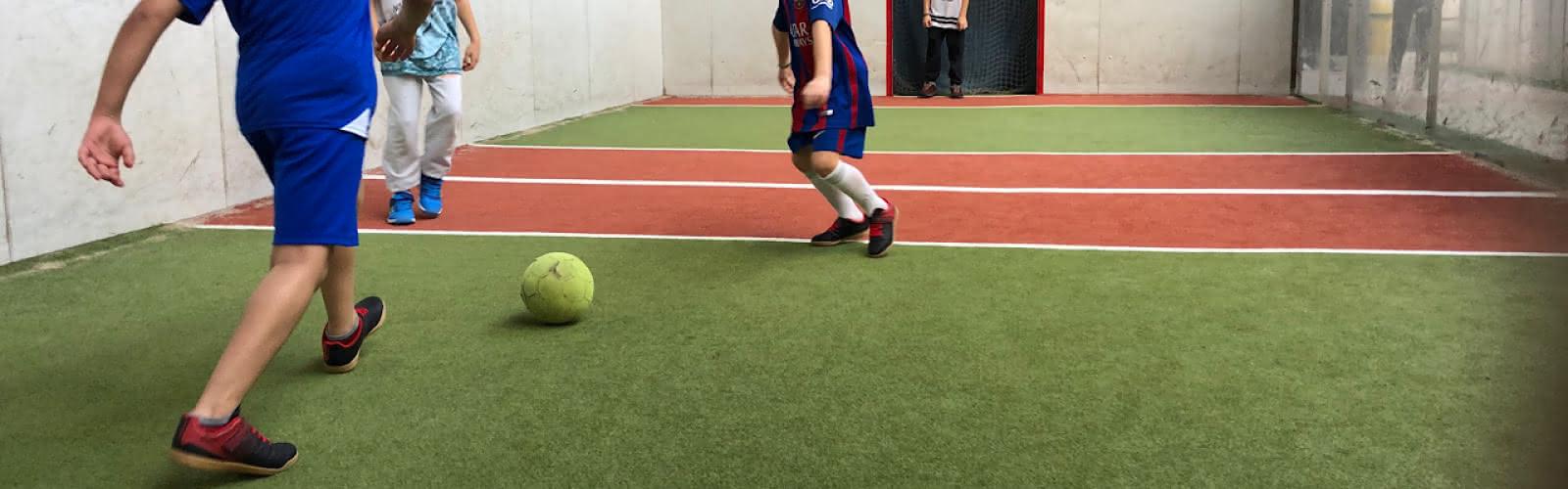 Jorkyball, foot en salle