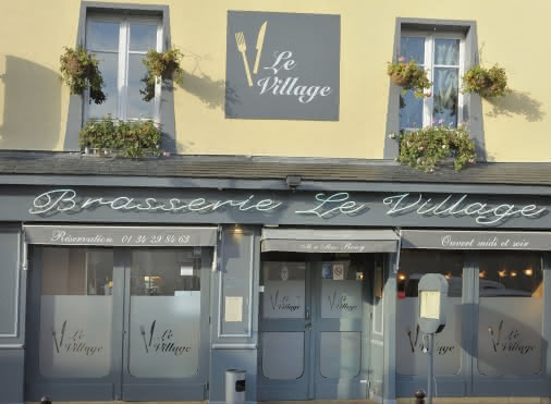devanture de la Brasserie le Village