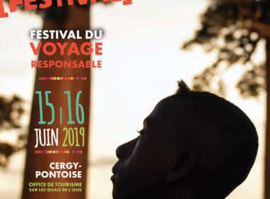 Affiche du No Mad Festival montrant l'ombre d'un garçon regardant vers le ciel sur fond de baobab de Madagascar