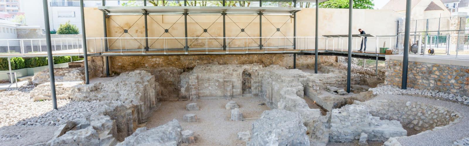 Vestiges de la crypte de l'abbaye Notre-Dame d'Argenteuil