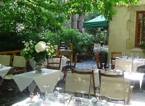 Terrasse du restaurant Au cœur de la forêt