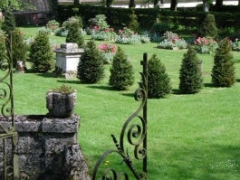 Jardin du château d'Ambleville