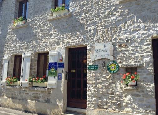 Chambres d'hôtes CHERENCE 'Le Saint Denis' N°30023