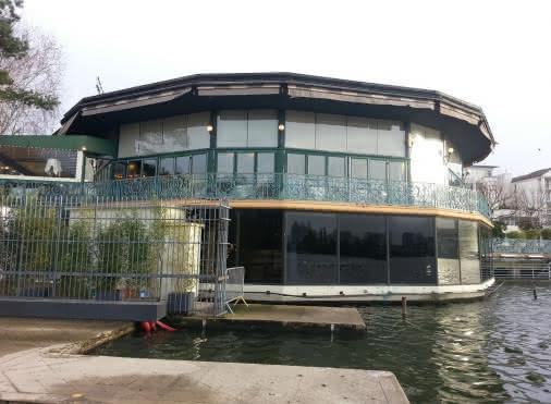 Le Pavillon du Lac