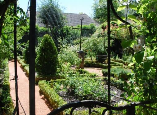 Jardin du Musée de l'Outil