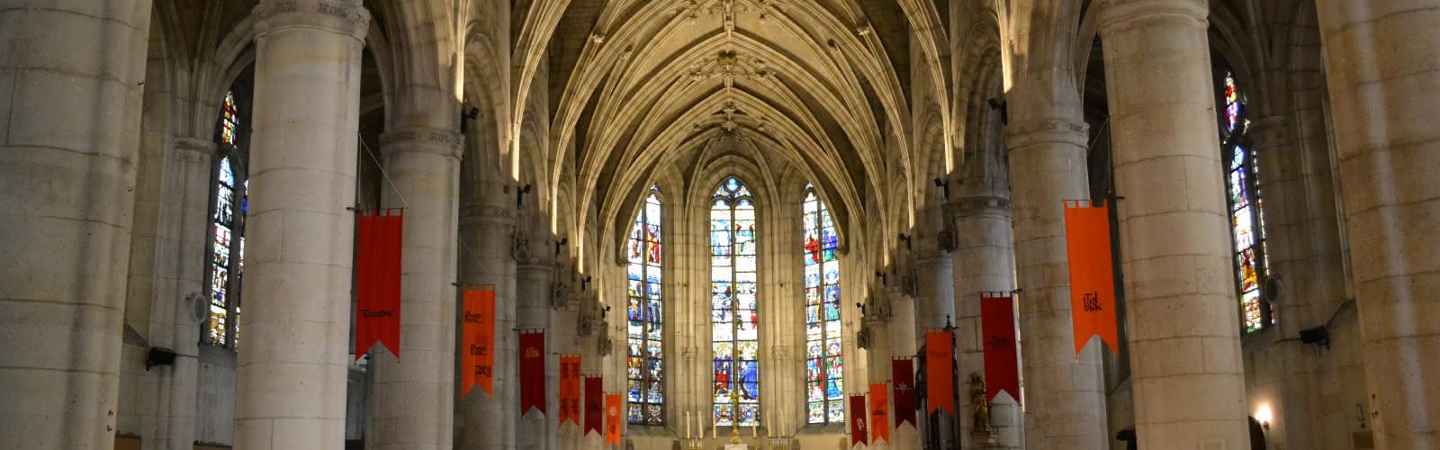 Intérieur de la collégiale Saint-Martin de Montmorency