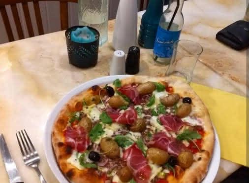 Pizzeria La casa victoria