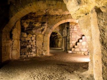 Photo prise lors d'une visite des souterrains de Pontoise organisée par l'office de tourisme de Cergy-Pontoise