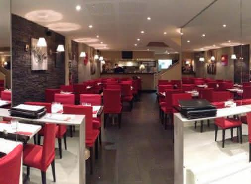 Salle du restaurant Le 8
