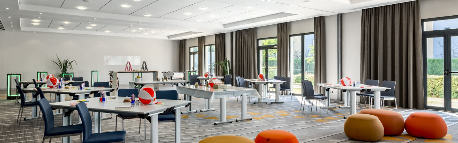 Loft 1-2-3 Meeting imagined Creativity Style Set-up