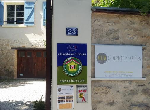 Chambres d'hôtes VIENNE-EN-ARTHIES 'La Villa de Vienne-en-Arthies' N°30074